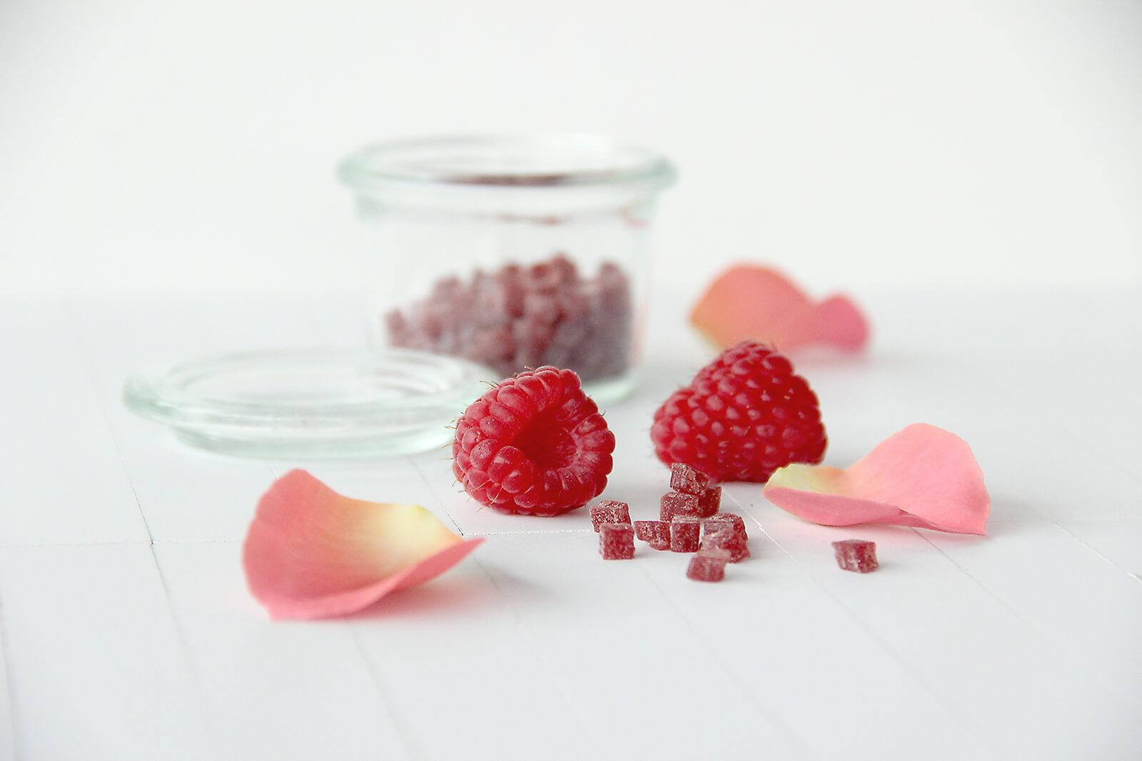 IMG_7128 copy_raspberry rose_LR